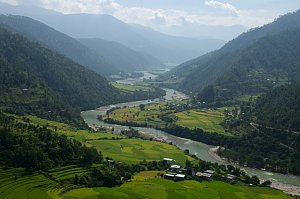 Punakha valley from Khamsum lhakhang