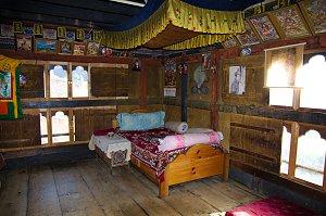 Ngang Lhakhang bedroom