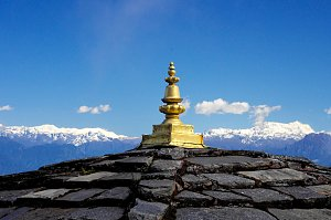 Stupa top and mountain panorama in Dochu la