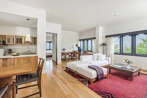 Uma Paro, suite room