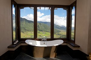 Gangtey Lodge, bathtub
