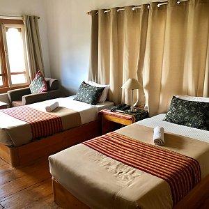 Meri Puensum Resort, room