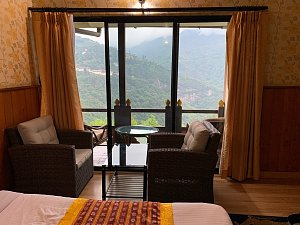 Trongsa Resort, room