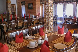 Chummey Nature Resort, dining