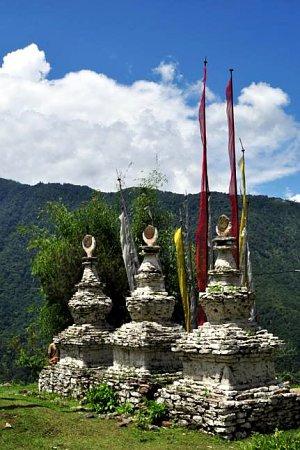 Chortens above Darchen gompa