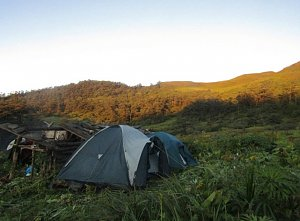 Camping on the way to Dagala