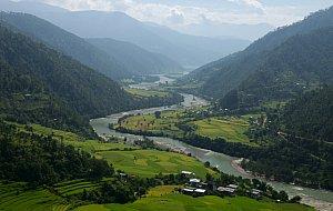 Punakha valley from Khamsum lhakhang