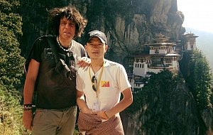 Tomas and Dawa before Tiger's Nest