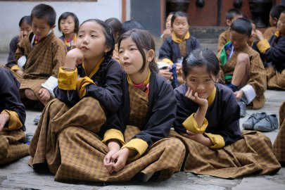 Schoolgirls in Changankha Lhakhang